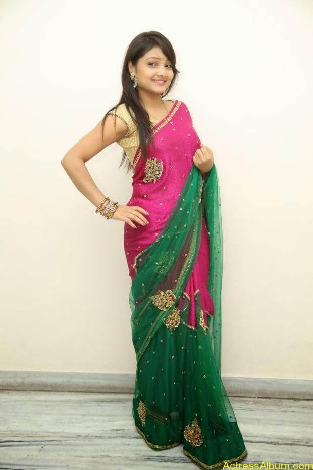 Telugu Actress Priyanka latest wallpapers in pink saree (5)
