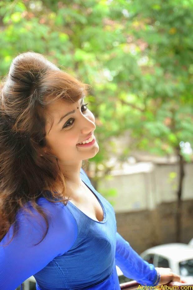 Telugu Actress Tejaswi latest photo shoot (3)