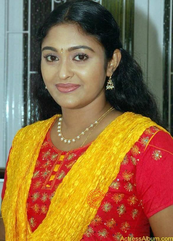 vijay tv saravanan meenakshi serial actress photos (2)
