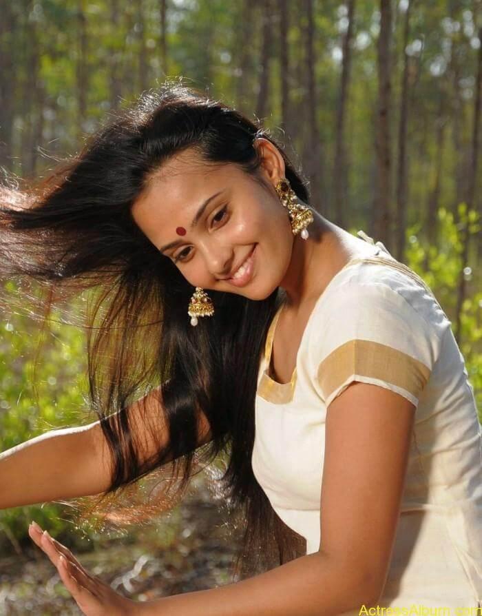 Aarushi latest hot stills (1)