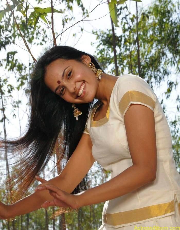 Aarushi latest hot stills (2)
