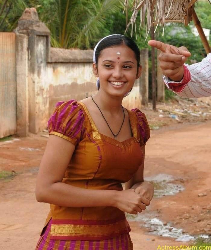 Aarushi latest hot stills (3)
