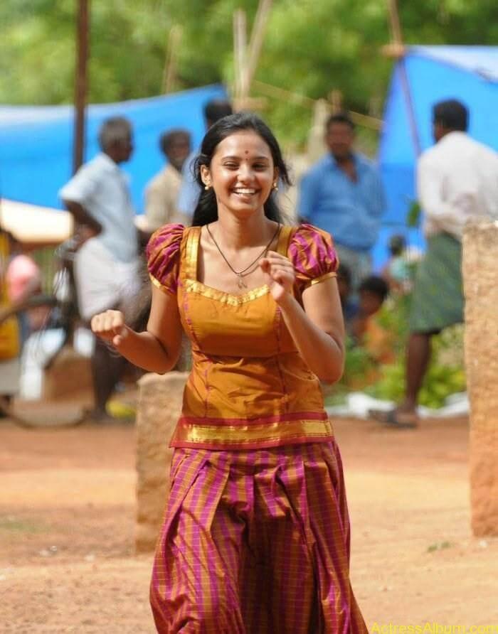 Aarushi latest hot stills (4)