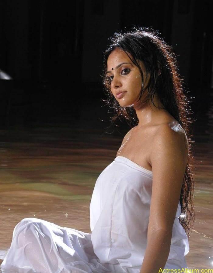 Aarushi latest hot stills (6)