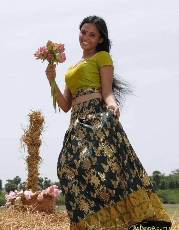 Aarushi latest hot stills (9)