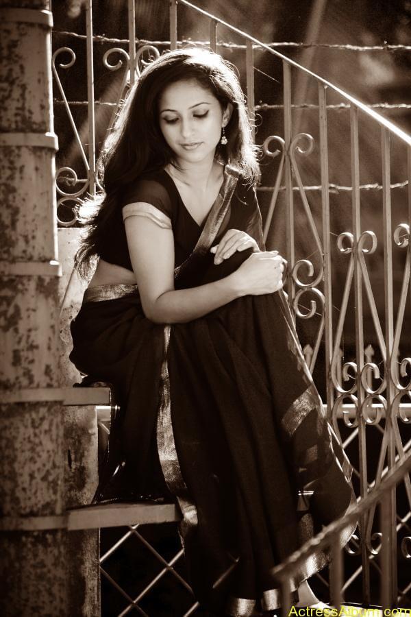 Aasheeka Latest Hot Stills 4