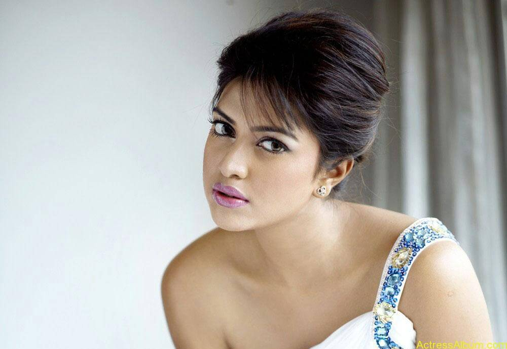 Actress Amala Paul Latest Photoshoot Gallery