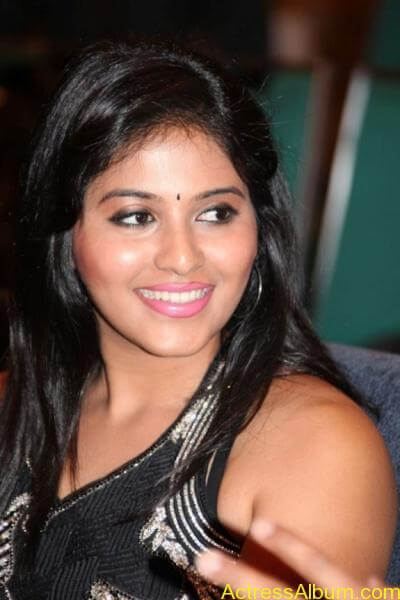 Anjali cute hot stills in black sudithar (10)