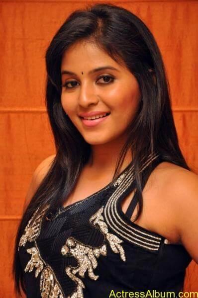 Anjali cute hot stills in black sudithar (8)