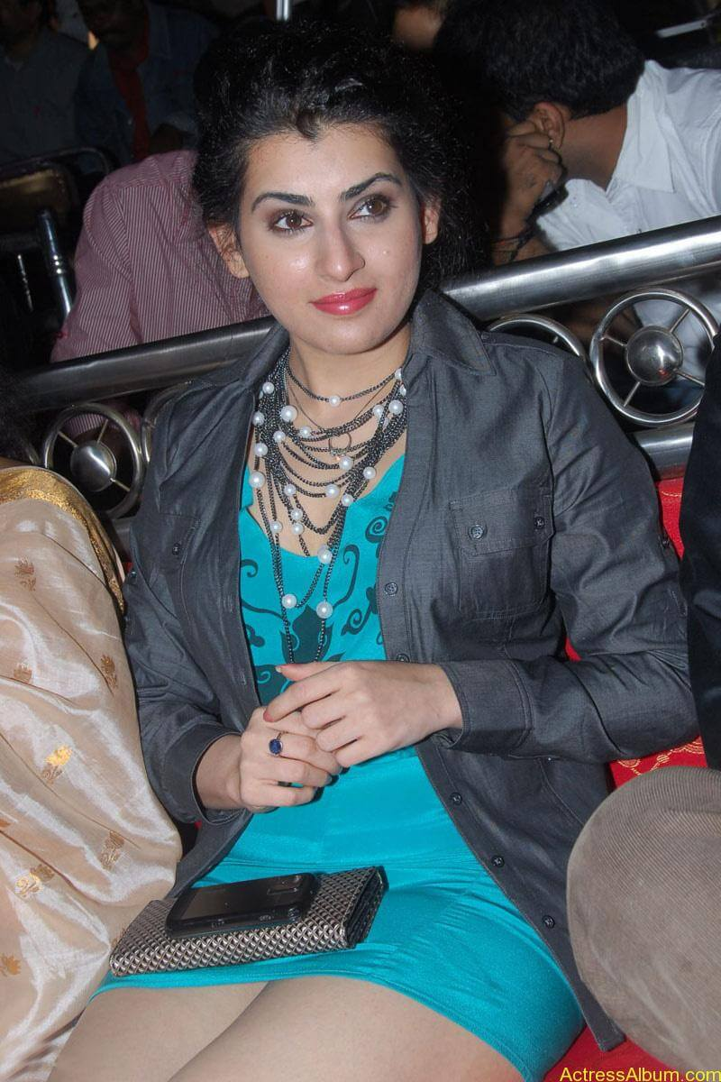 Archana Hot Stills at Manmadha Banam Audio Launch (3)