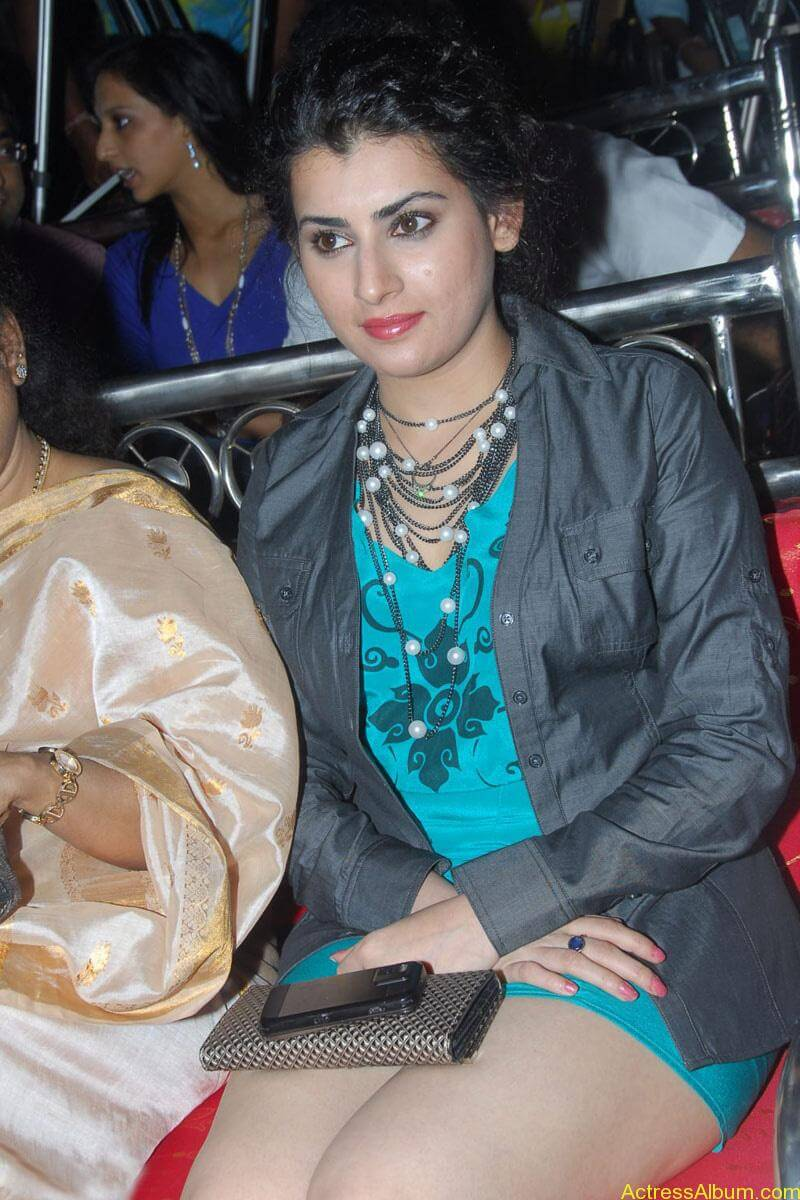 Archana Hot Stills at Manmadha Banam Audio Launch (4)