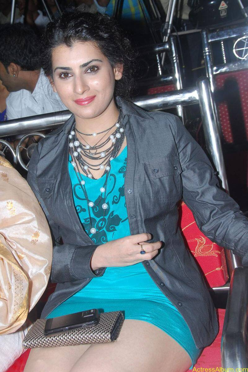 Archana Hot Stills at Manmadha Banam Audio Launch (5)