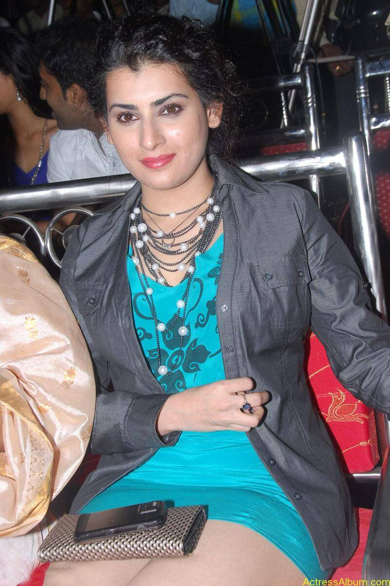 Archana Hot Stills at Manmadha Banam Audio Launch (6)