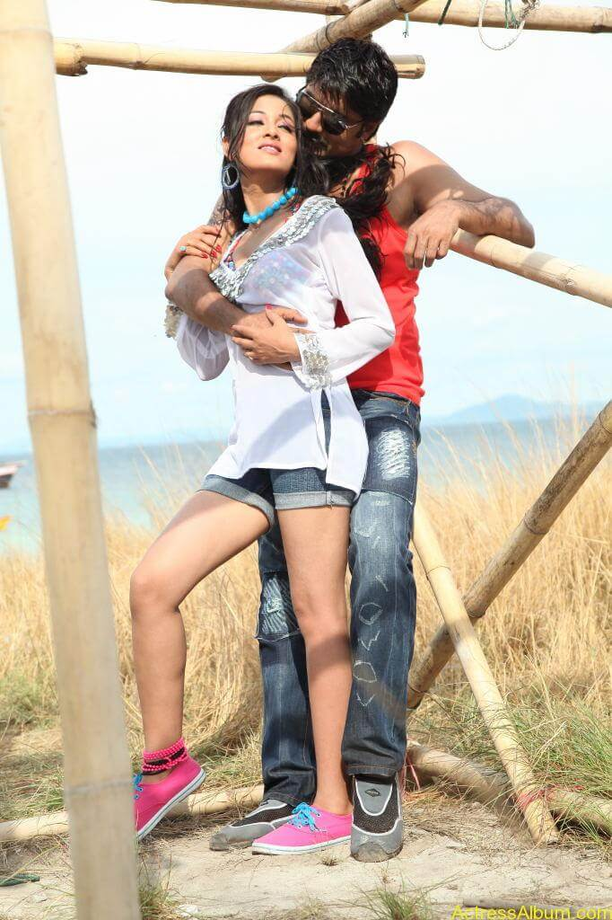 Srikanth Vidisha Hot Stills in Devaraya Movie Photos