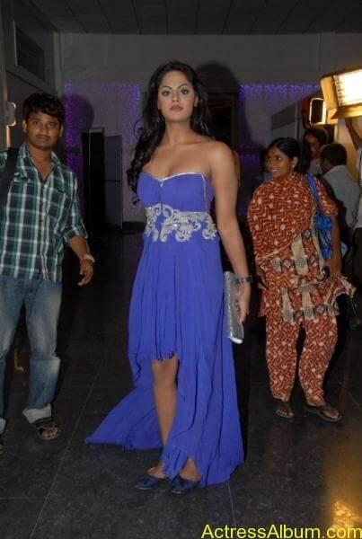 Karthika nair hot photos stills (7)