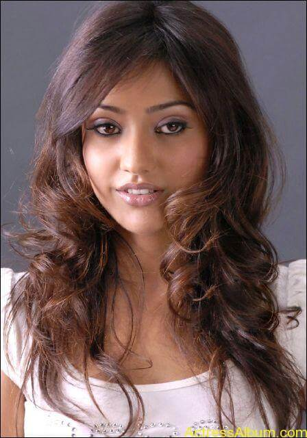Neha sharma hot photos stills (5)