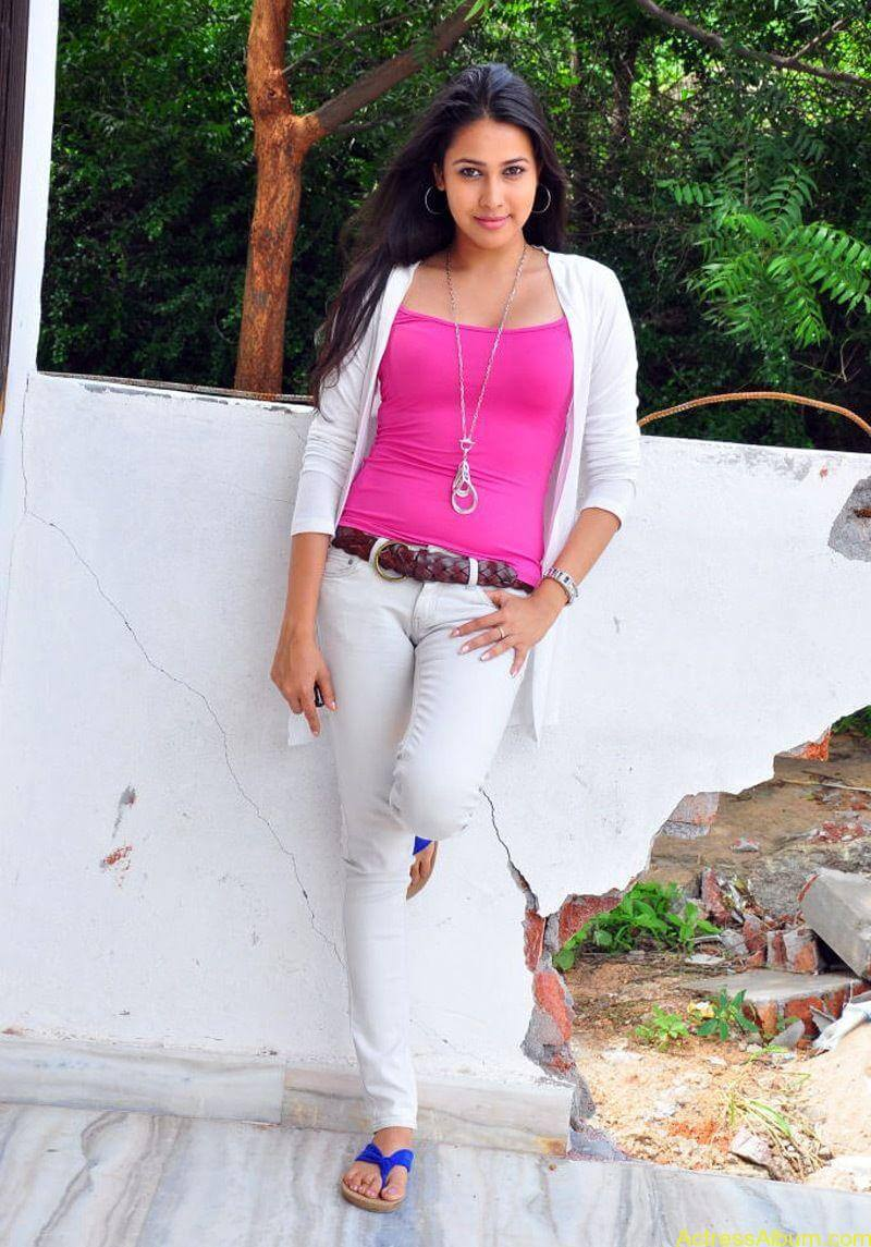 Panchi bora latest hot photos stills (8)
