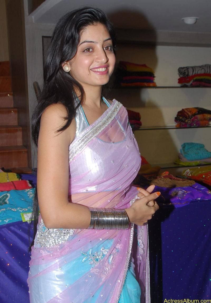 Poonam Kaur Hot Stills at Kalamandir Nagavalli costumes collection (12)