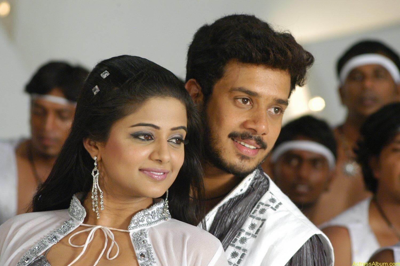 Priyamani Bharath hot stills In Bet Movie (2)