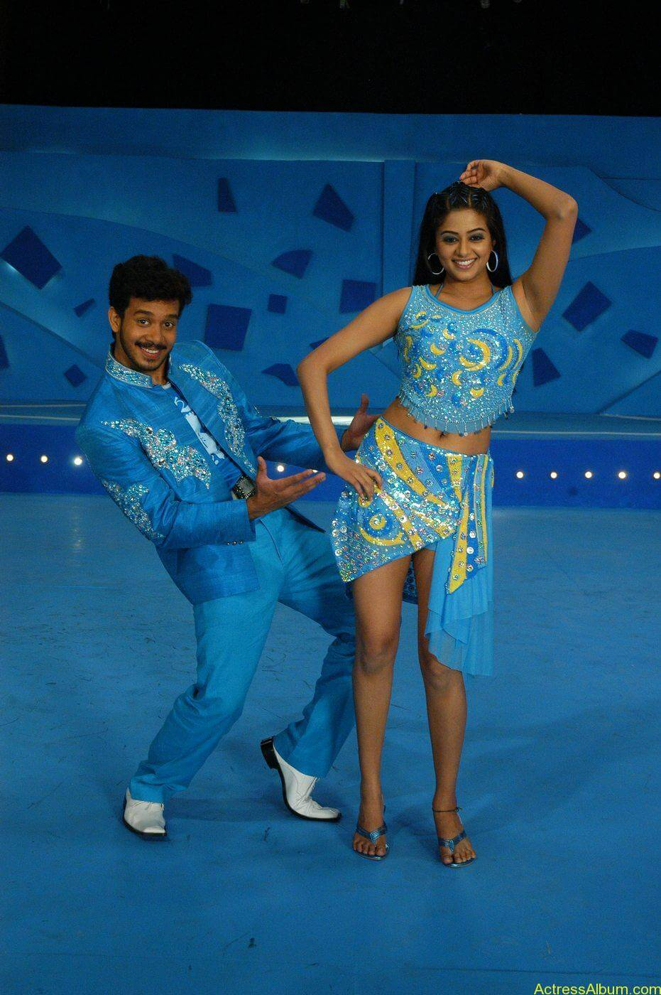 Priyamani Bharath hot stills In Bet Movie (5)