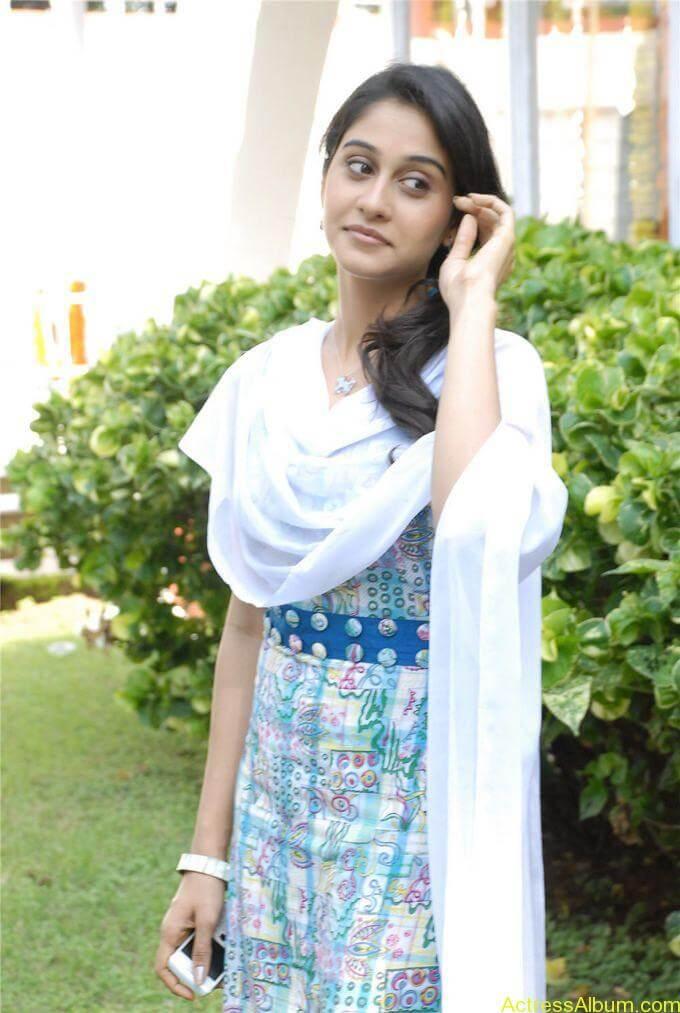 Raveena cute photos stills (15)