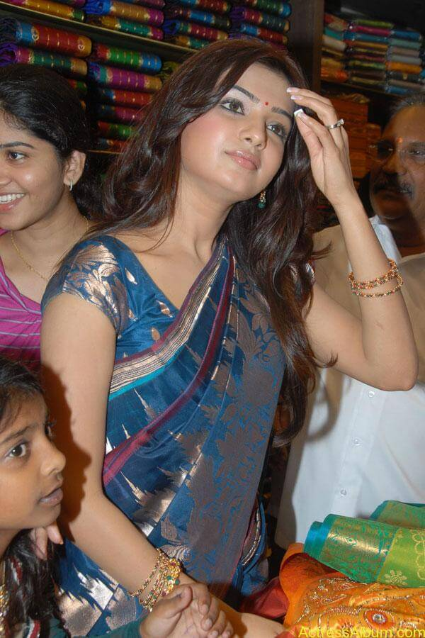 Samantha Hot Photos At RKS Silks showroom Launch (10)