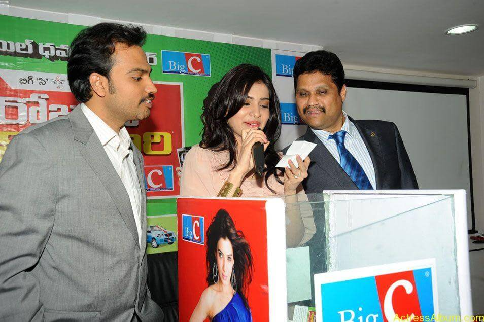 Samantha stills at big c rojuko laksha contest (11)