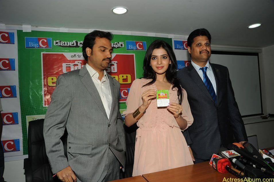 Samantha stills at big c rojuko laksha contest (12)