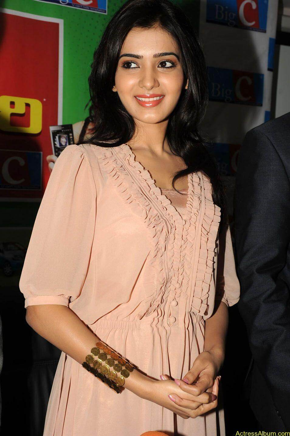 Samantha stills at big c rojuko laksha contest (3)