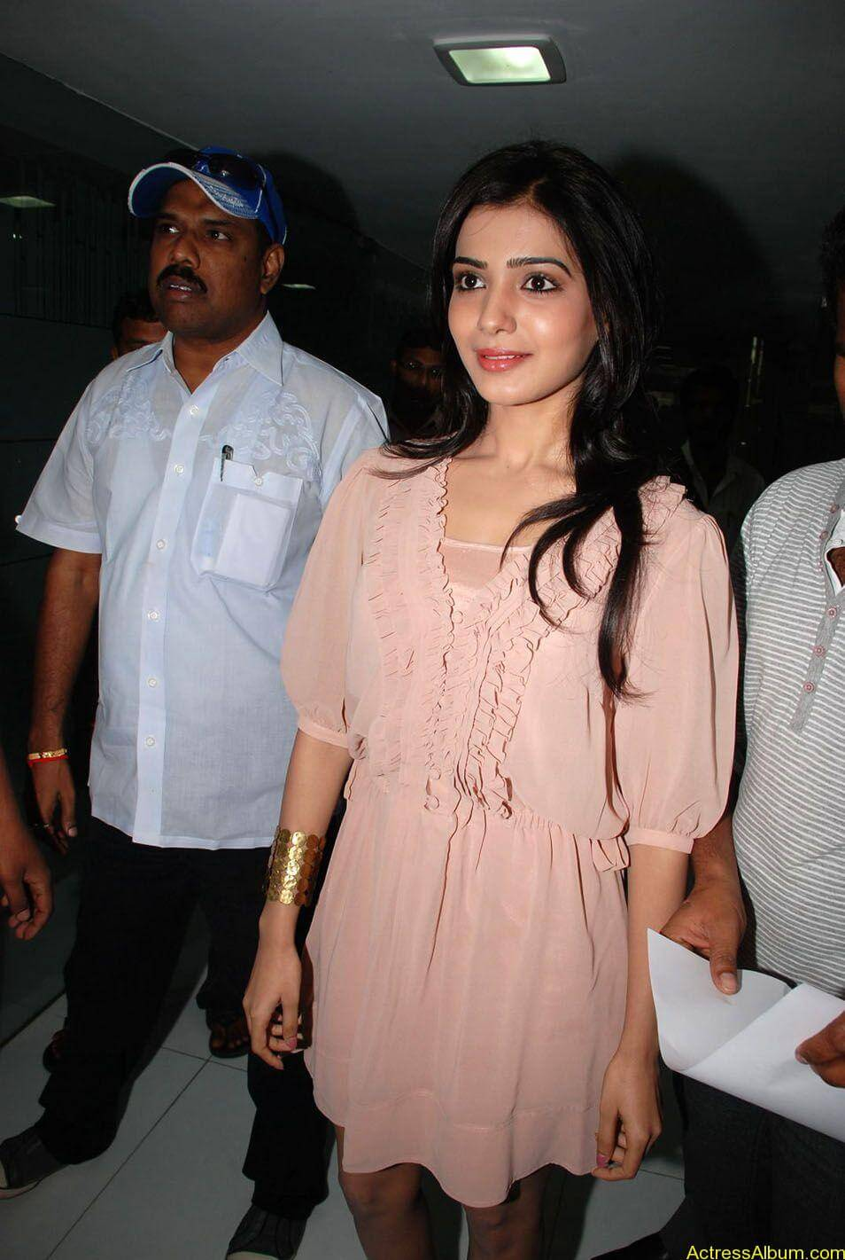 Samantha stills at big c rojuko laksha contest (5)