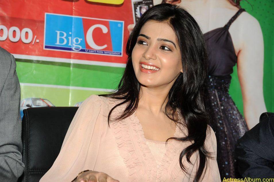 Samantha stills at big c rojuko laksha contest (7)