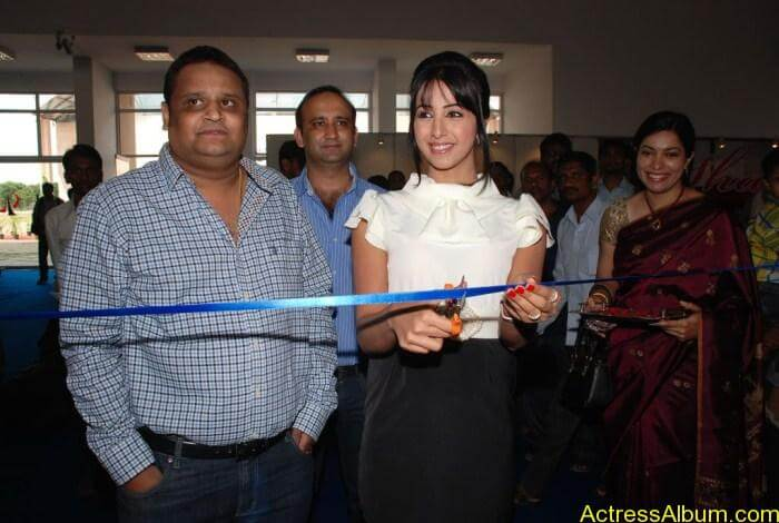 Sanjana Launches Furniture Fair 2011