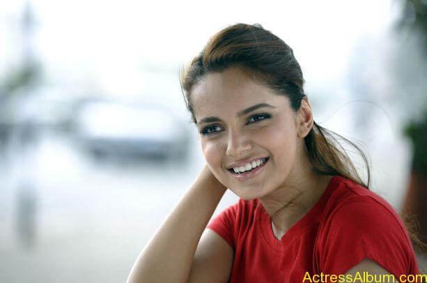 Shazahn Padamsee Unseen hot stills (2)