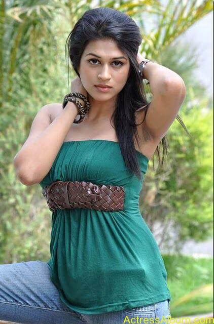 Shraddha das hot spicy photos stills (12)