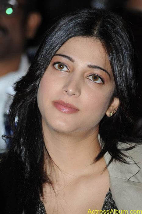 Shruthi hassan cute stills in  black and brown tops (10)