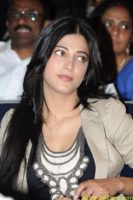 Shruthi hassan cute stills in  black and brown tops (2)