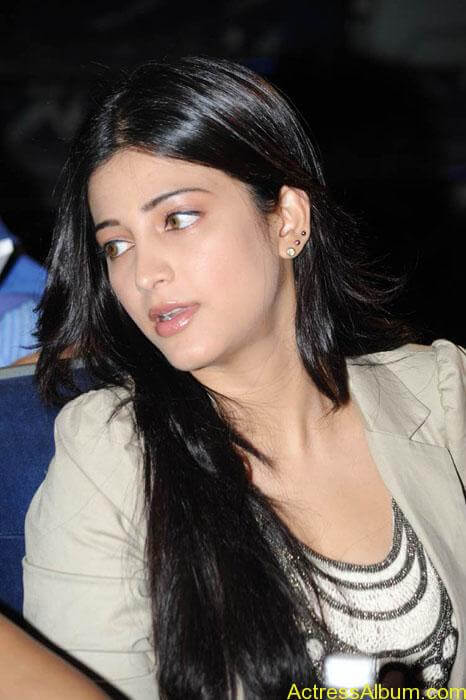 Shruthi hassan cute stills in  black and brown tops (9)
