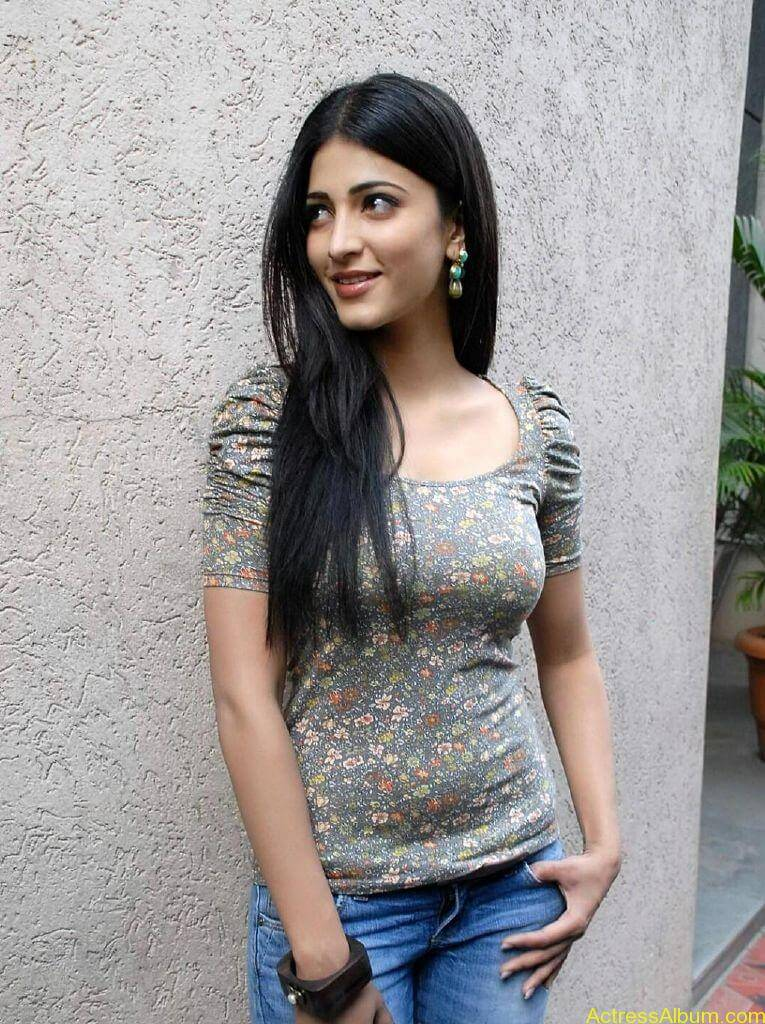 shruti-haasan-oh-my-friend10
