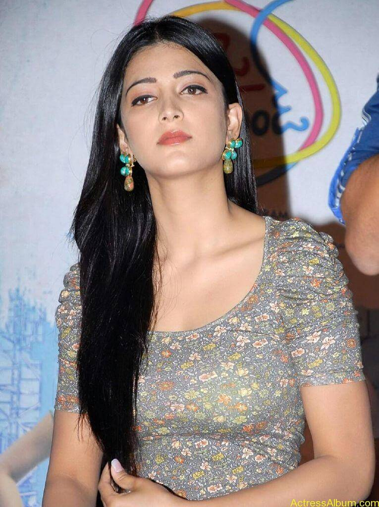 shruti-haasan-oh-my-friend22