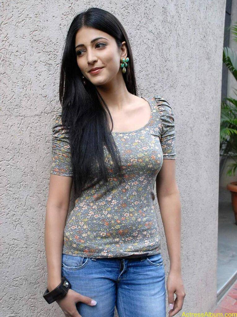 shruti-haasan-oh-my-friend3