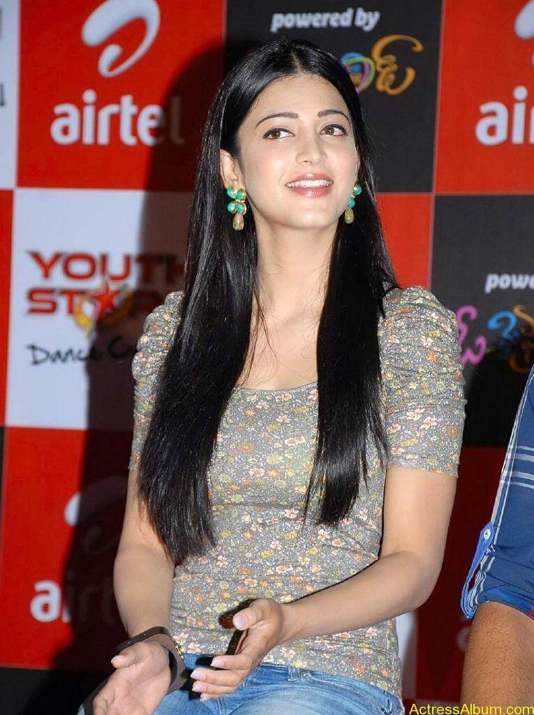 shruti-haasan-oh-my-friend37
