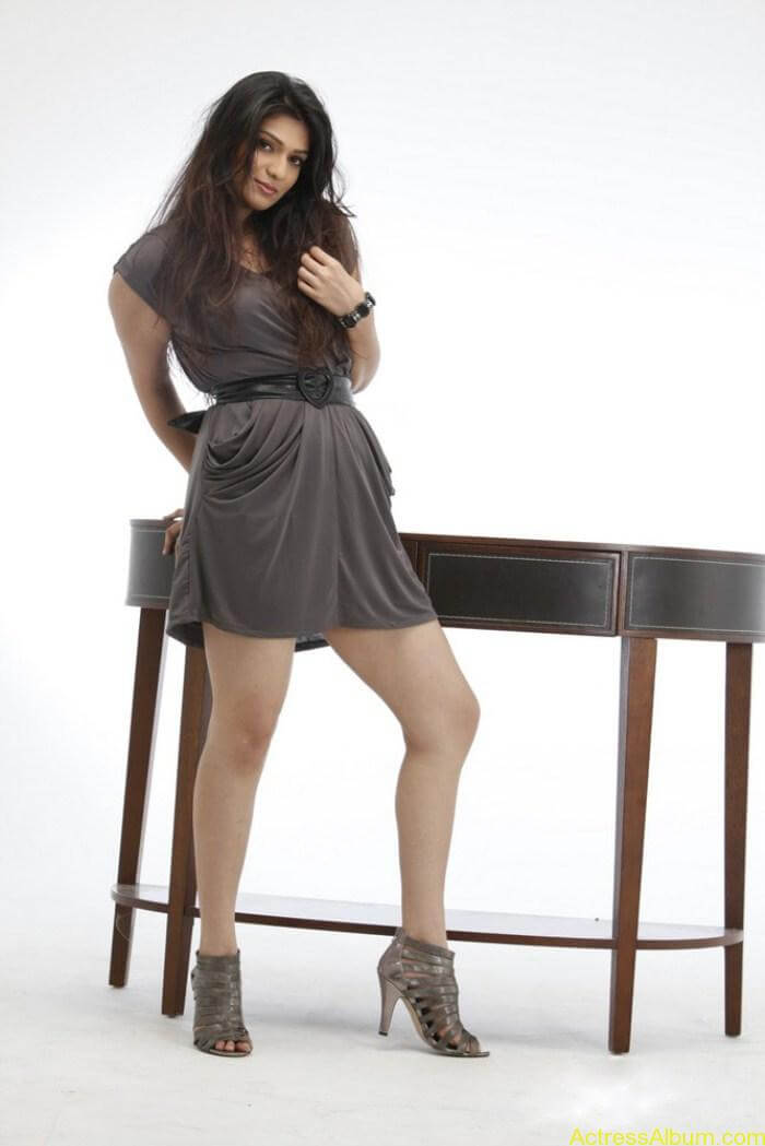 Siya Gowtham Hot Photo Shoot Pics