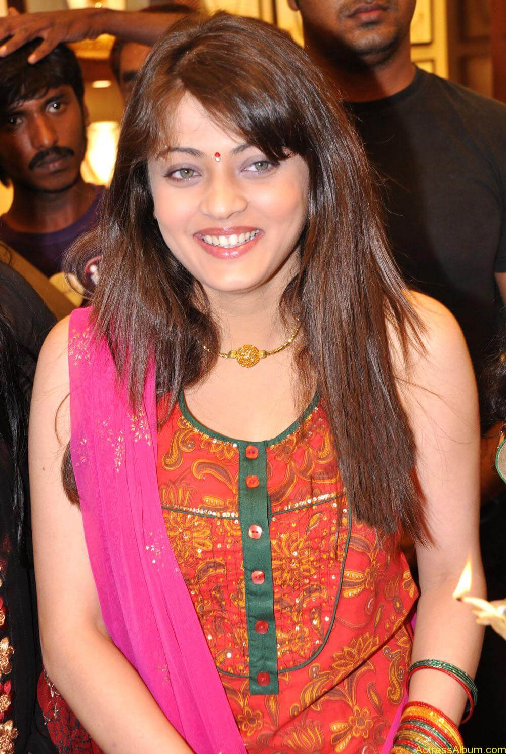 Sneha Ullal Spicy Hot stills At South India Shopping Mall Launch (3)