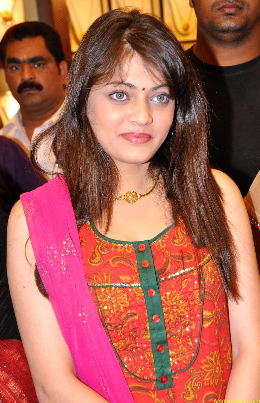 Sneha Ullal Spicy Hot stills At South India Shopping Mall Launch (4)