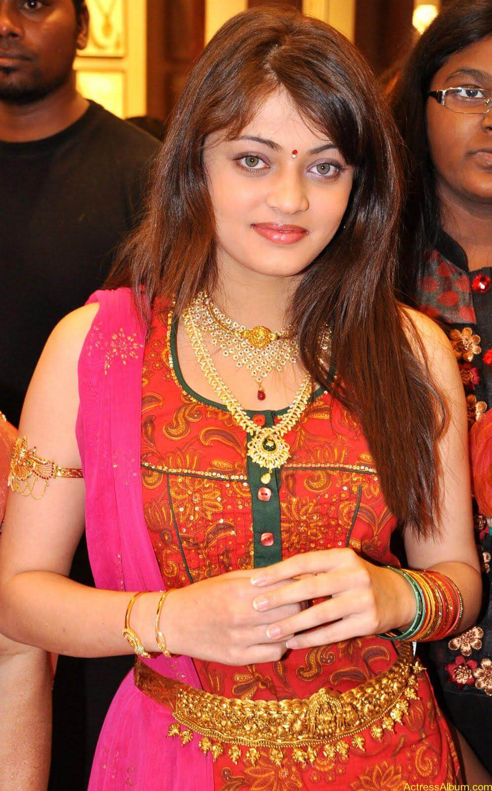 Sneha Ullal Spicy Hot stills At South India Shopping Mall Launch (6)