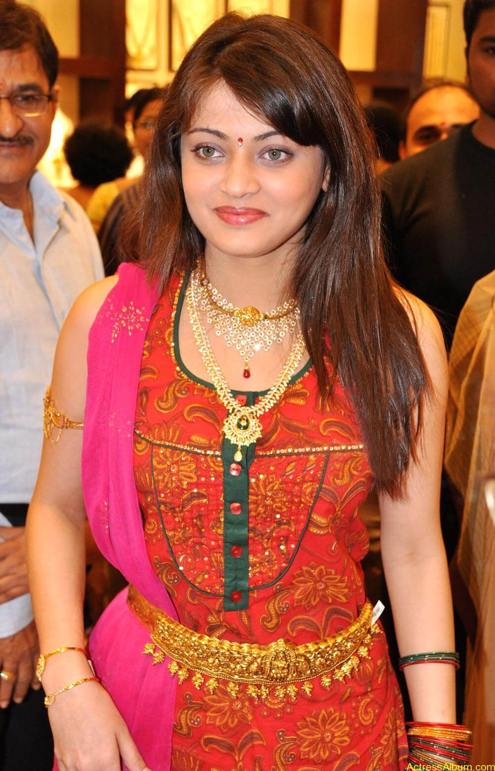 Sneha Ullal Spicy Hot stills At South India Shopping Mall Launch (7)