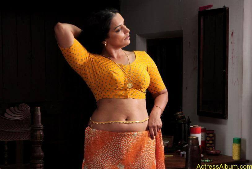 Swetha menon hot photos stills (3)