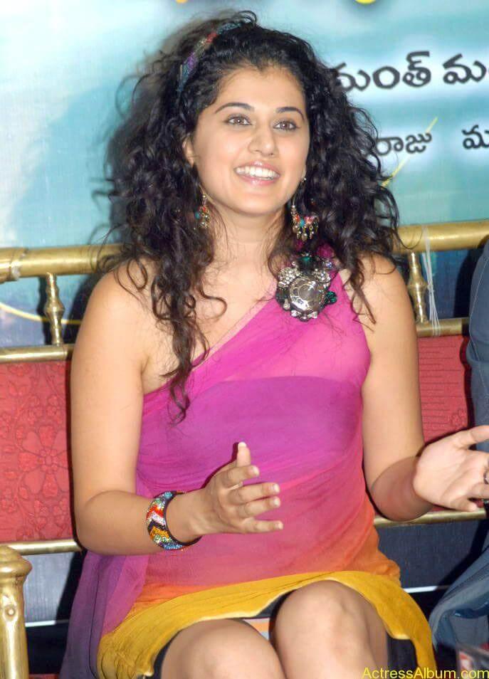Taapsee hot stills At Vasthadu Naa Raju Movie Logo Launch (9)