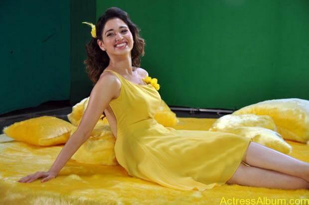 Tamanna Celkon Ad hot stills (4)