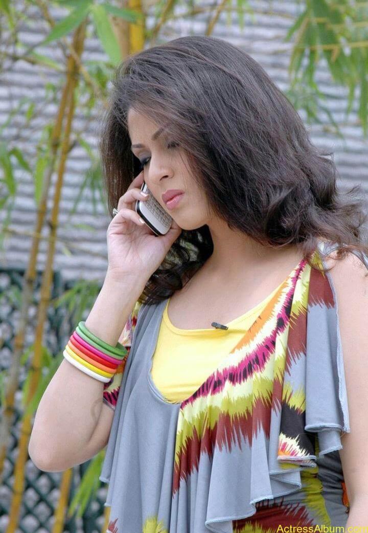 Tamil Actress Sada Latest Pictures 3